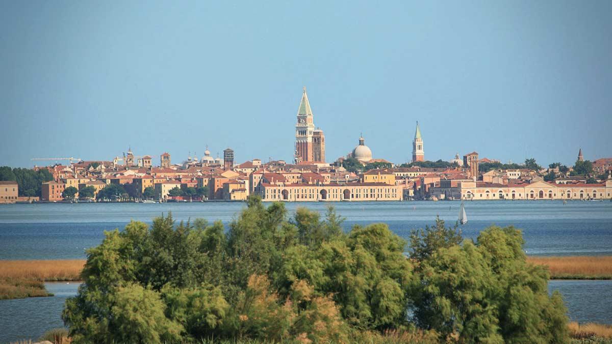 Contacts and tarifs | Caravan Park San Giuliano Venice | Area sosta ...